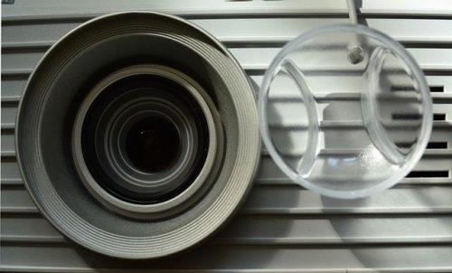 factors to consider best short throw projector